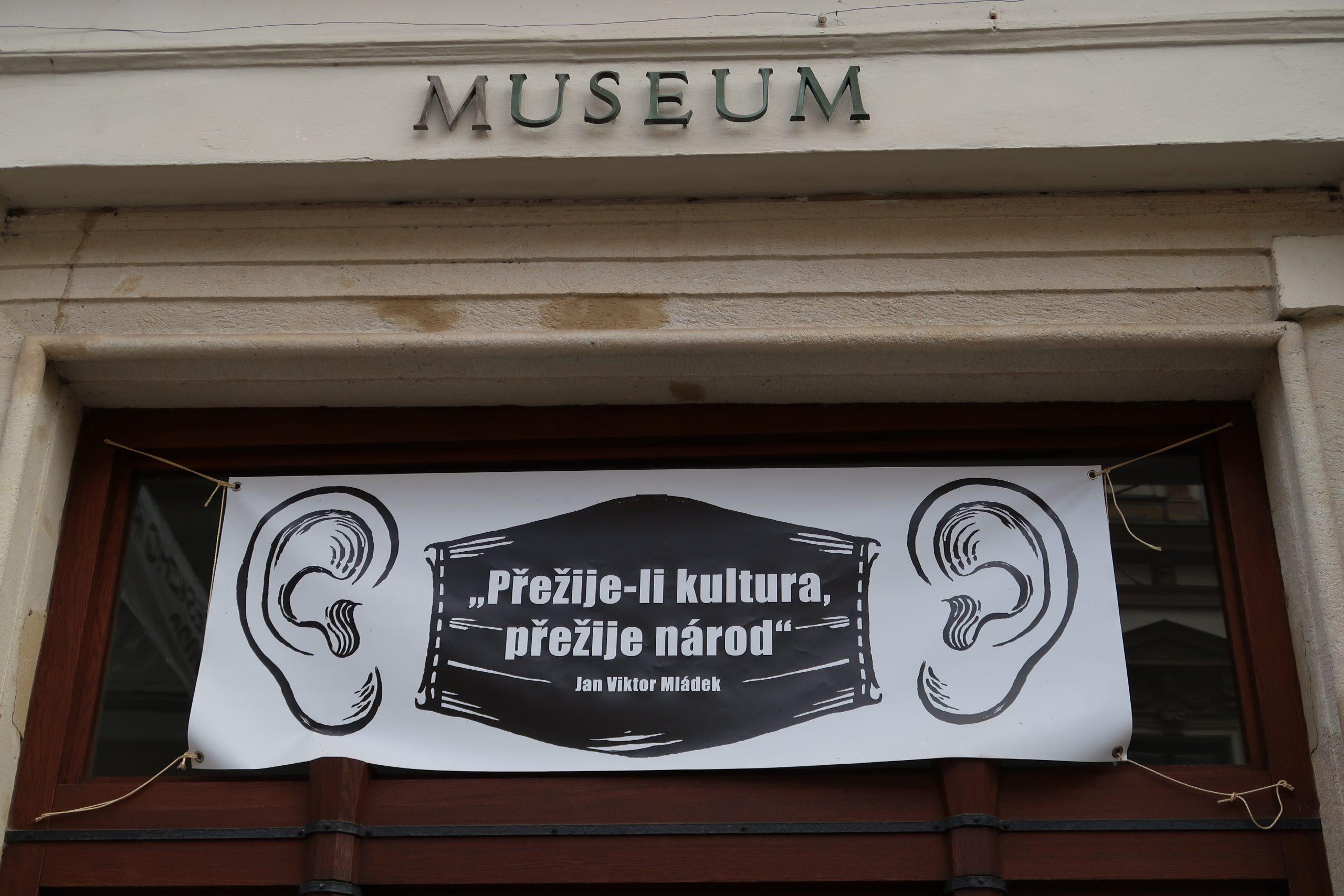 Banner kampaně Přežije-li kultura, přežije národ
